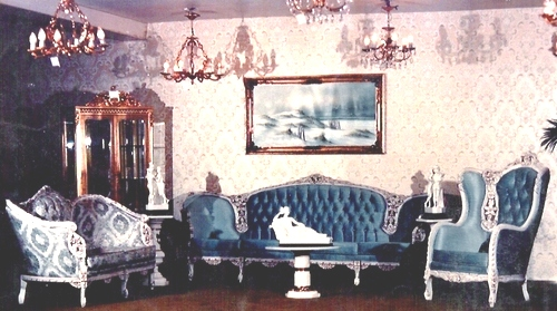 Bienvenidos arte muebles for Recamaras estilo luis 15