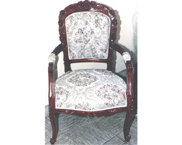 Silla luis xv arte muebles for Sillas acolchadas precio
